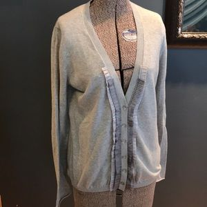 Banana republic soft gray pleated ribbon cardigan